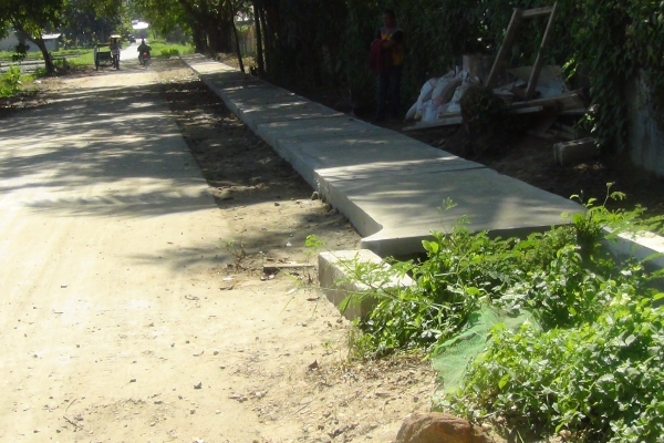 construction-of-drainage-canal-at-tamblot-st-lopoc07C1303A-05A1-9588-9059-A3607E52D93D.jpg