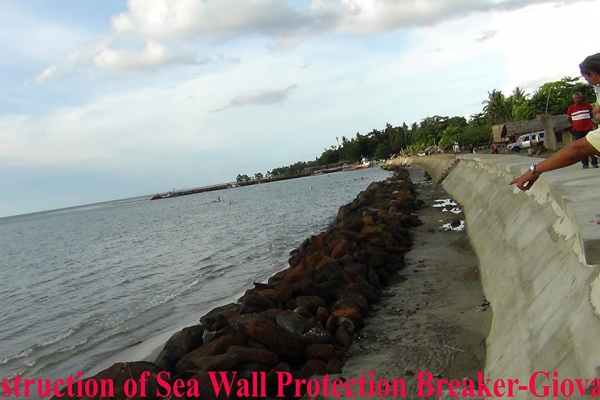 construction-of-sea-wall-protection-breaker-giovanneB0D59BD2-8CBF-8662-D13B-39650E976074.jpg